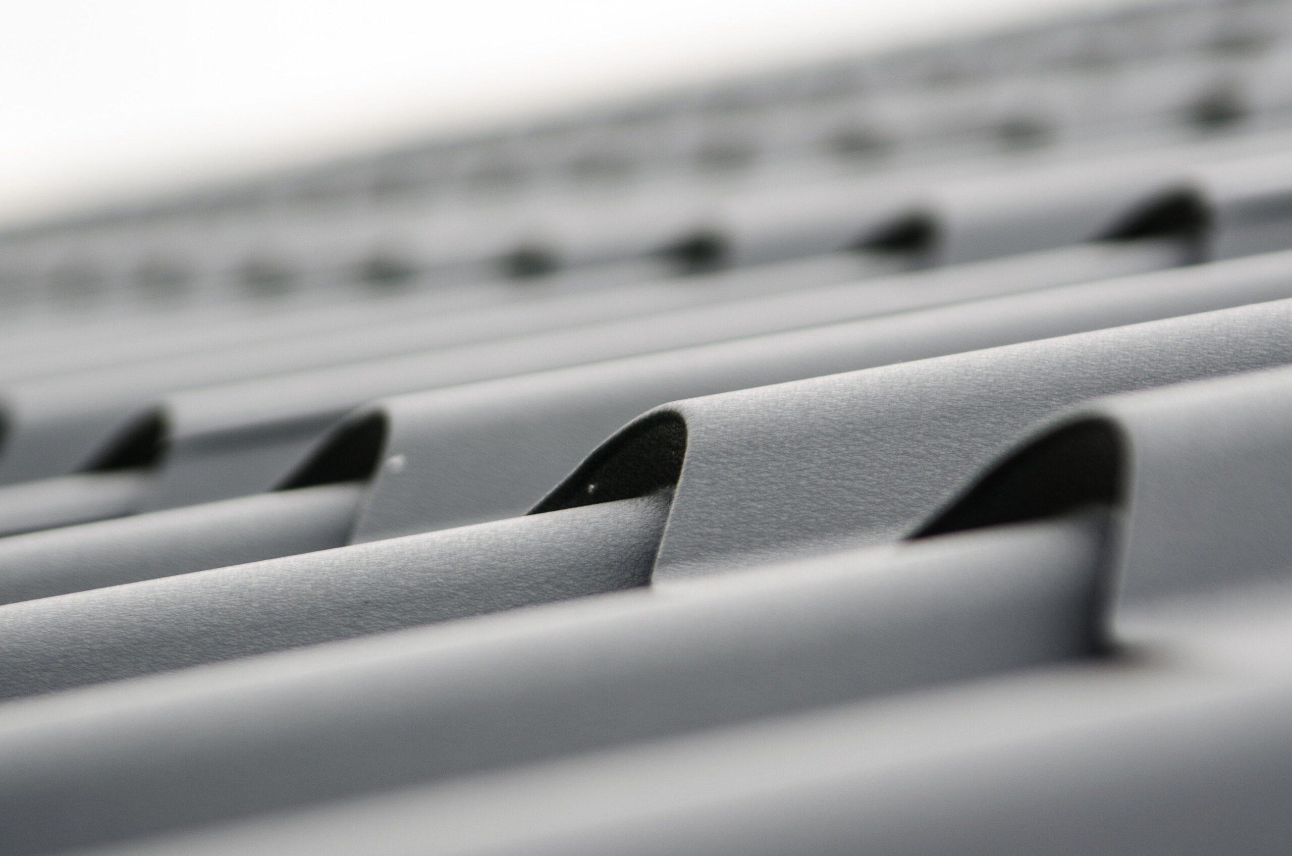 ARS Roofing - Roof maintenance - metal roof